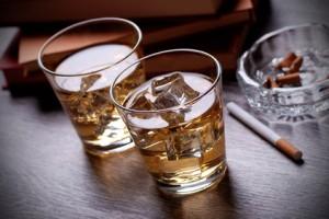 Genussmittel: Alkohol und Zigaretten